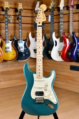 Fender Deluxe Lone Star Stratocaster Maple Ocean Torquoise