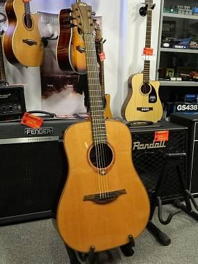 LAG Guitars Tramontane T100D
