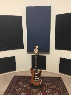 Chitarra assemblata stile Fender