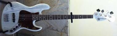 Maruszczyk Instruments Elwood white rabbit