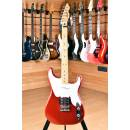 Squier (by Fender) Vintage Modified Stratocaster '51 Maple Fingerboard Candy Apple Red