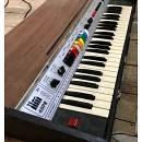 Organo elettrico portatile compatto marca LIRA