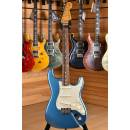 Fender Classic Series '60s Stratocaster Rosewood Fingerboard Lake Placid Blue ( 2013 )