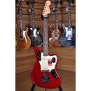 Fender American Professional 2017 Jaguar Rosewood Fingerboard Candy Apple Red