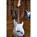 Squier (by Fender) Affinity Stratocaster HSS Rosewood Fingerboard Slick Silver