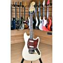 Squier (by Fender) Vintage Modified Mustang Rosewood Fingerboard Vintage White