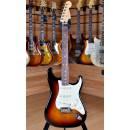 Fender American Professional 2017 Stratocaster Rosewood Fingerboard 3 Color Sunburst