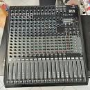 Mixer RCF E16 con Fly Case - rodotto EX DEMO