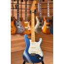 Fender FSR Traditional 50's Stratocaster Maple Fingerboard Lake Placid Blue with Ice Blue Metallic S