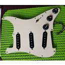 Fender Pickups Stratocaster Set con battipenna e wiring originali (COMPLETO)