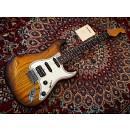 RARO Guitars Icona S HSS - Fender Stratocaster Style + case rigido