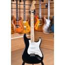 Fender Player Series Stratocaster Maple Fingerboard Black