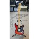 FENDER Player Stratocaster HSS Plus Top, Maple Fingerboard, Aged Cherry Burst.