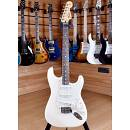 Fender Mexico Standard Stratocaster Rosewood Artic White 2011