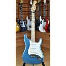 Fender Mexico Standard Stratocaster Maple Fingerboard Lake Placid Blue 2011