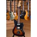 Fender Player Series Jaguar Pau Ferro Fingerboard 3 Color Sunburst