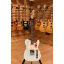 Fender American Professional Daphne Blue