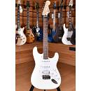Squier (by Fender) Bullet Stratocaster HSS Arctic White
