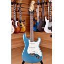 Fender Mexico Standard Stratocaster Rosewood Fingerboard Lake Placid Blue
