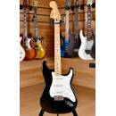 Fender Mexico Jimi Hendrix Stratocaster Maple Fingerboard Black