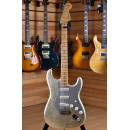 Fender Custom Shop Masterbuilt John Cruz Limited Edition Master Salute Stratocaster 2005 Gold Leaf