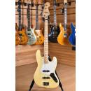 Fender Player Series Jazz Bass Maple Neck Buttercream