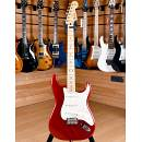 Fender Mexico Standard Stratocaster Maple Fingerboard Candy Apple Red 2011