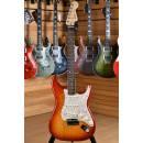 Fender American Deluxe Stratocaster Ash Rosewood Fingerboard Aged Cherry Sunburst ( 2008 )