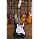 Squier (by Fender) Affinity Mini Stratocaster Rosewood Fingerboard v2 Black