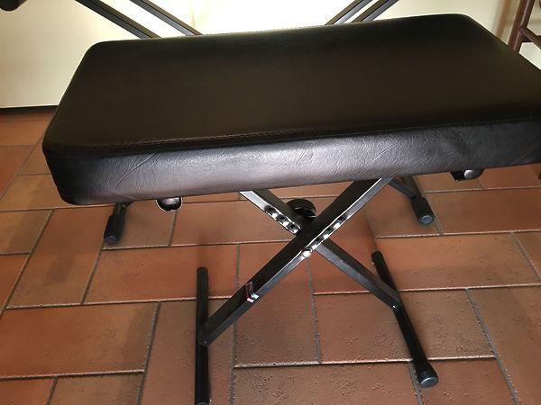 Sgabello pianoforte regolabile #5808022 su mercatino musicale in